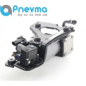 Компрессор пневматической подвески с блоком клапанов на кронштейне BMW X5 E70, X6 E71, E72